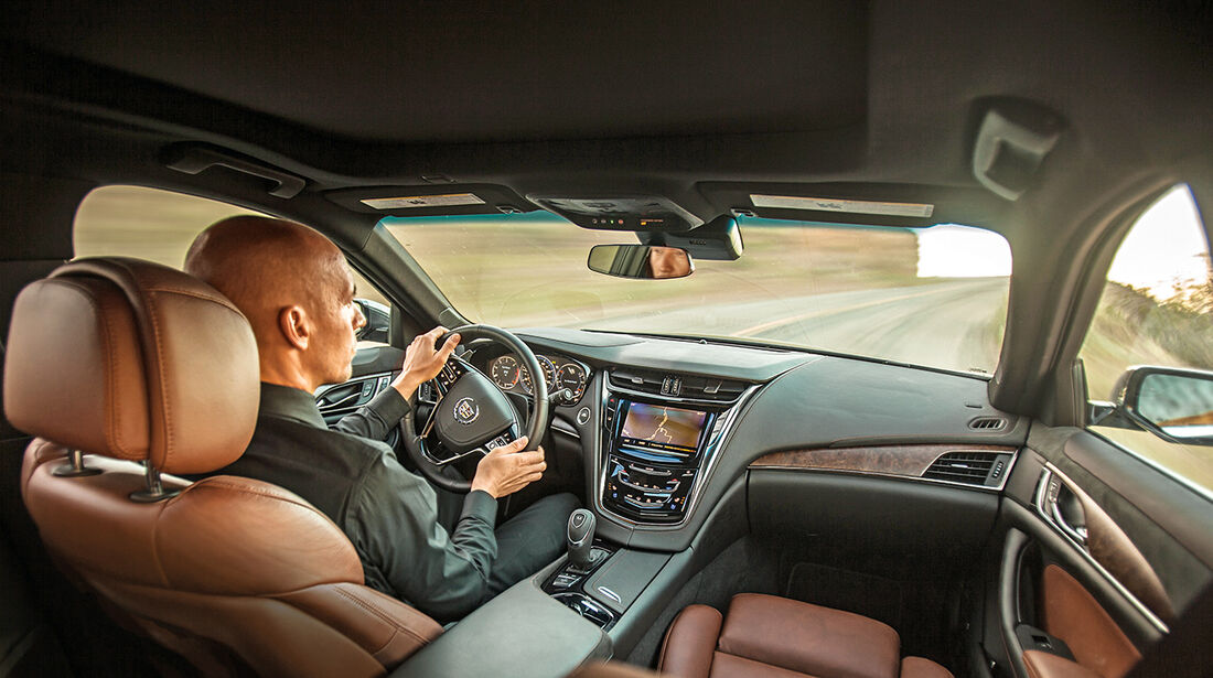 Cadillac CTS, Cockpit
