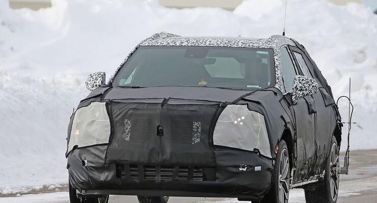 Cadillac XT3 Erlkönig