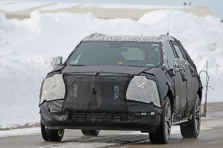 Cadillac-XT3-Erlkoenig-fotoshowBig-3964879c-1007365