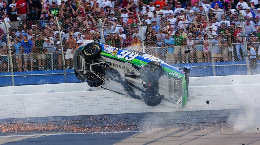 Carl Edwards Crash