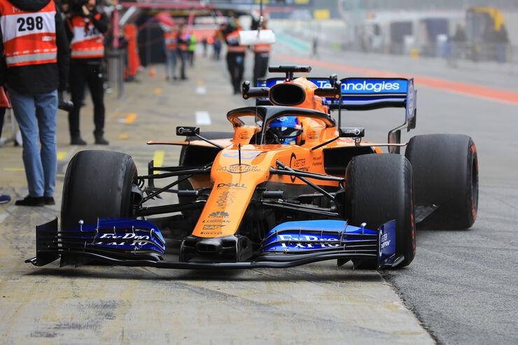 Carlos-Sainz-McLaren-Barcelona-F1-Test-2