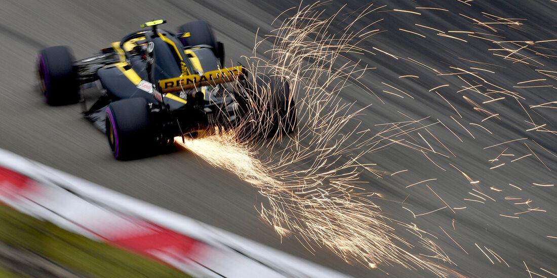 Carlos Sainz - Renault - Formel 1 - GP China - Shanghai - 14. April 2018