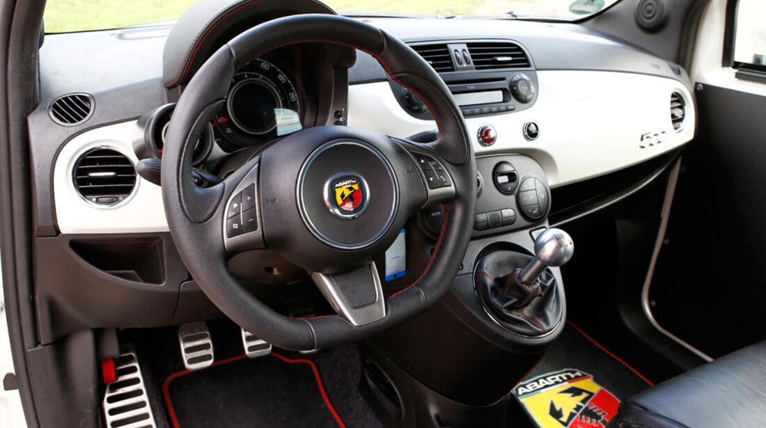 Cartech-Abarth 500 Coppa, Cockpit