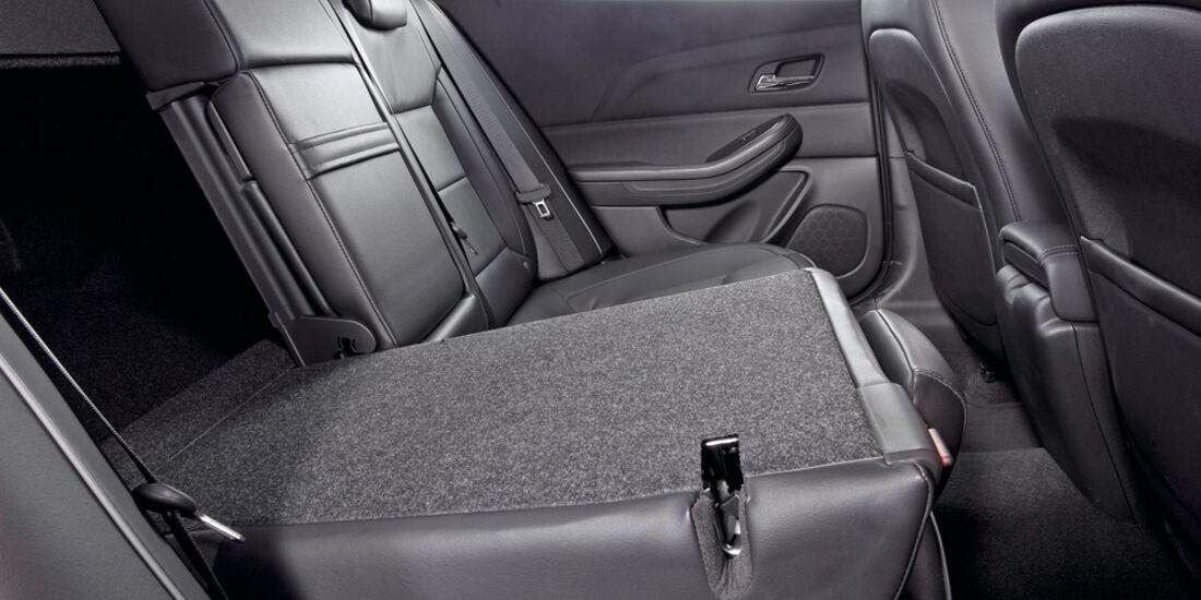 Chevrolet Malibu, Rücksitz, umklappen