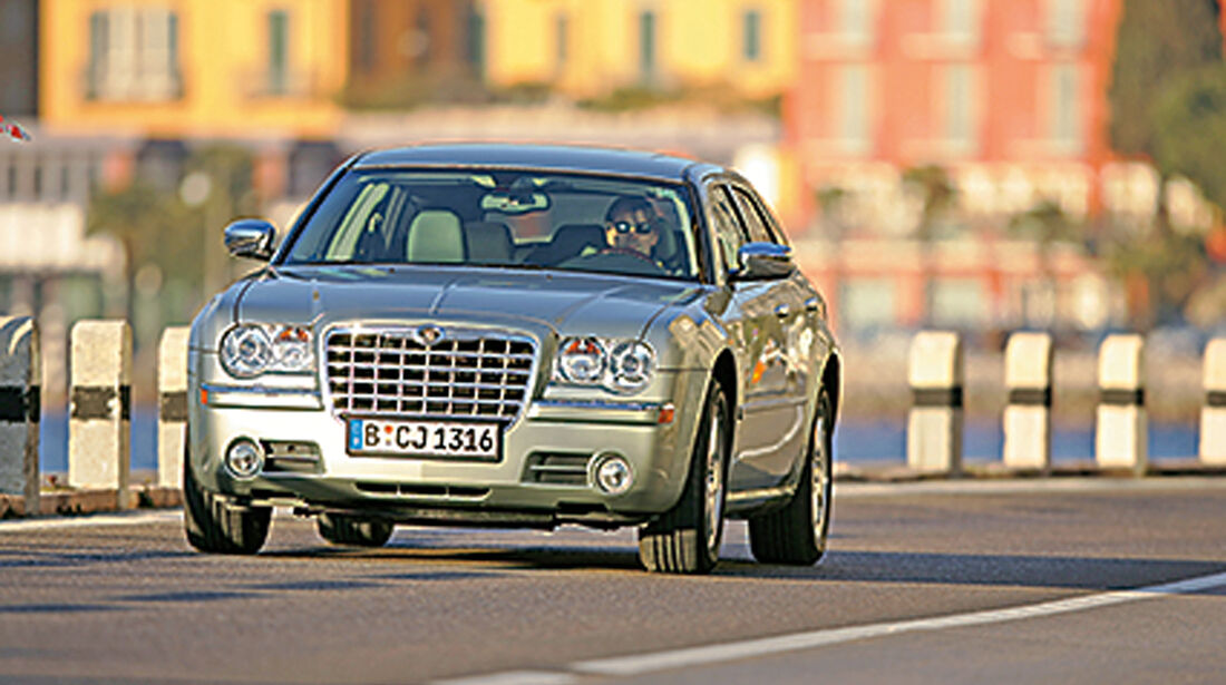 Chrysler 300C Touring 3.0 CRD, Frontansicht