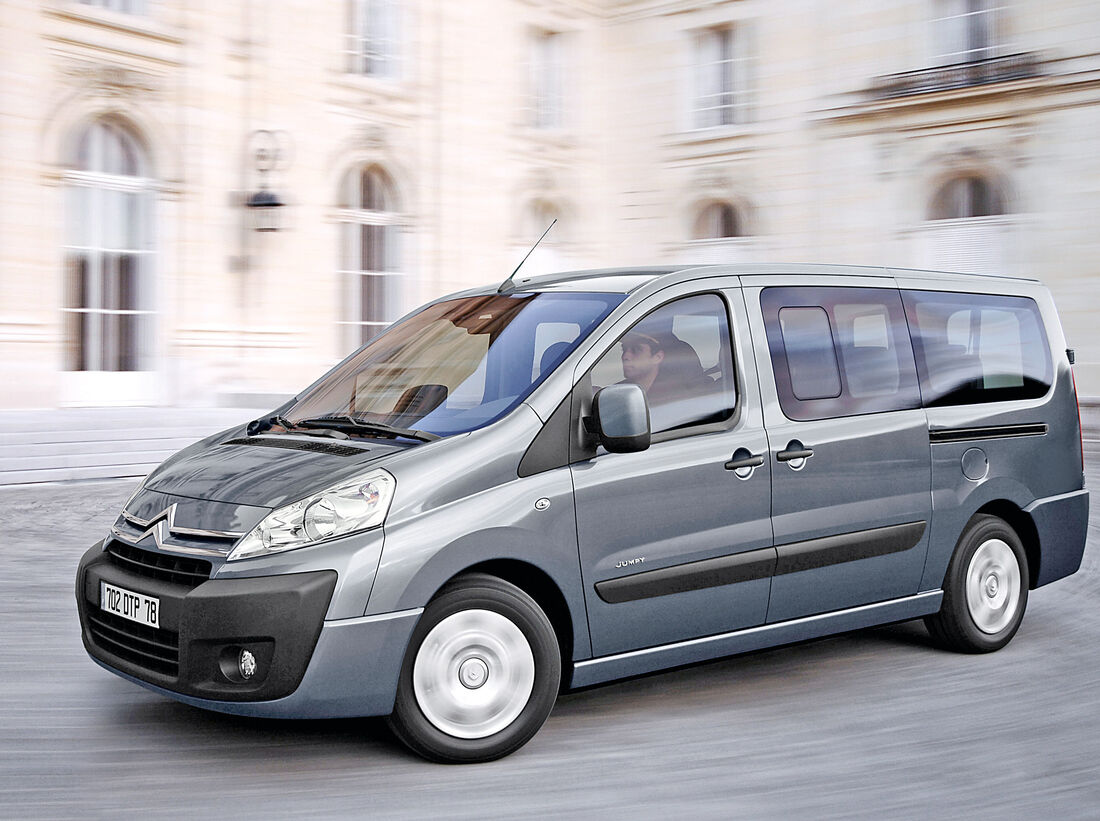 gebrauchte kleinbusse bis euro das sind bezahlbare. Black Bedroom Furniture Sets. Home Design Ideas
