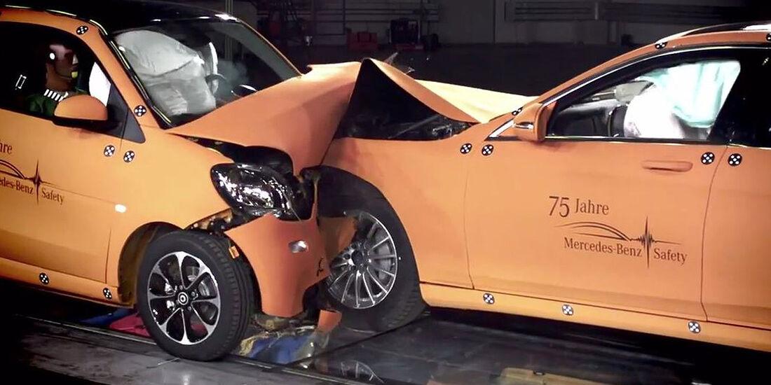 Crashtest Smart Fortwo Mercedes S-Klasse