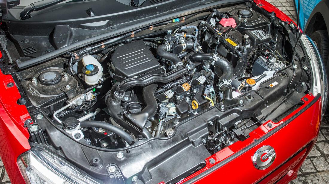 Daihatsu Copen Robe, Motor