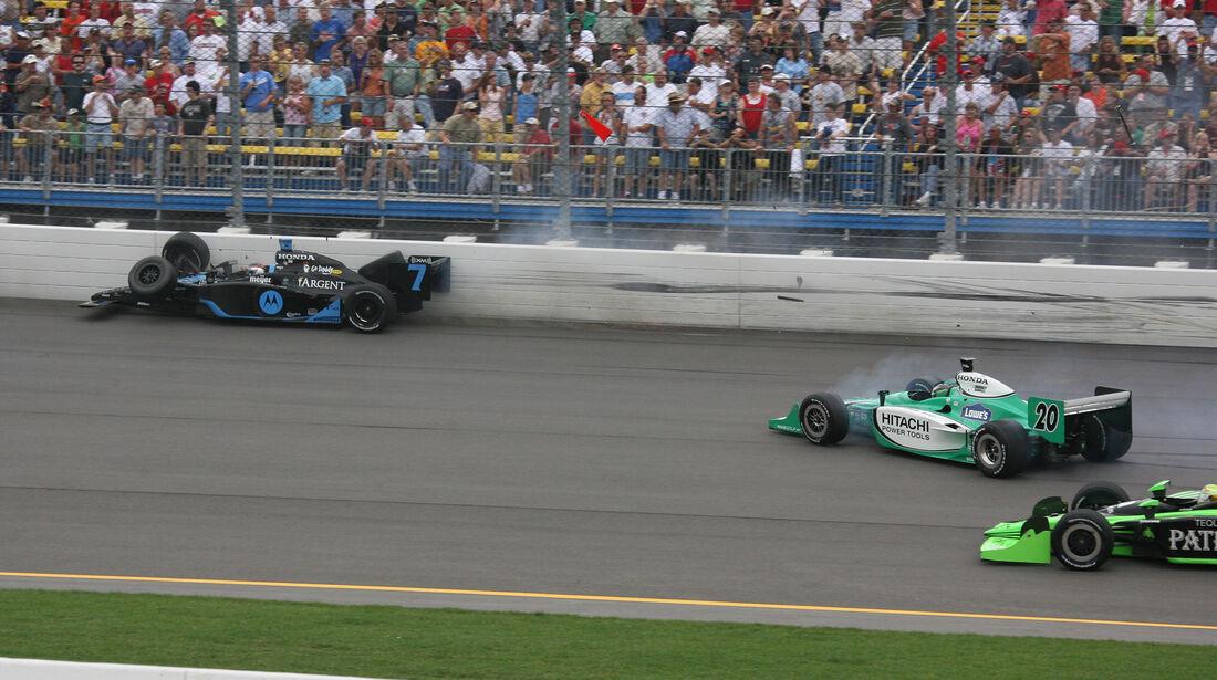 Danica Patrick - IndyCar-Crash - Iowa