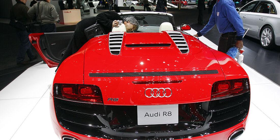 Detroit Motor Show 2011, Audi R8 Spyder
