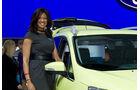 Detroit Motor Show 2011 Girls