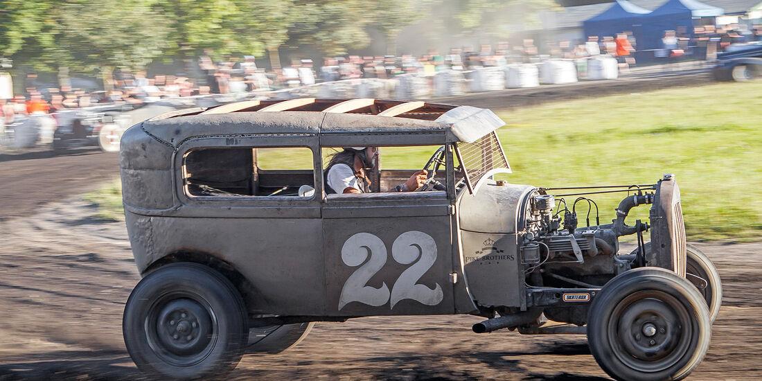 Dirt-Track-Szene, Ford Model A Sedan