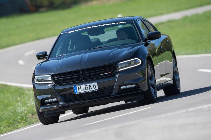 Dodge Charger SXT - auto motor und sport