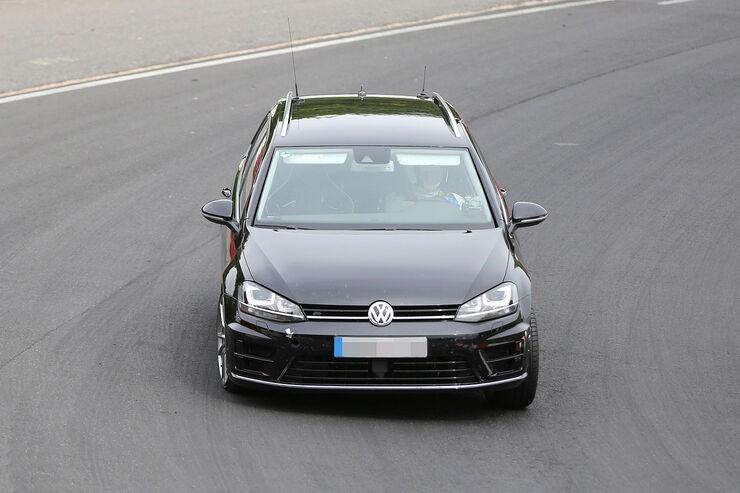 Erlkönig VW Golf R Variant