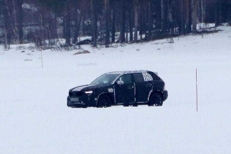 Erlkoenig-Volvo-XC40-fotoshowBig-c73feaa0-1005579