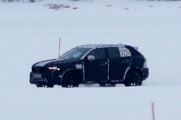 Erlkoenig-Volvo-XC40-fotoshowBig-cb32319d-1005583