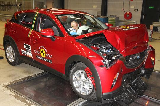 Euro NCAP - Crashtest Mazda CX-3