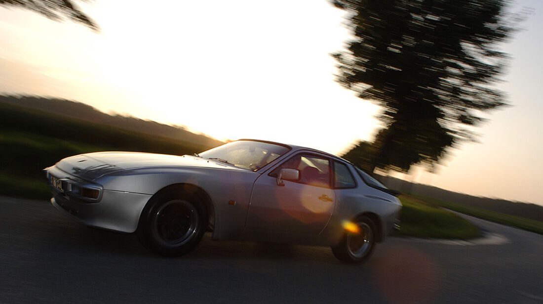 Fahrtaufnahme Porsche 944