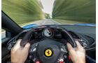 Ferrari 488 Spider, Fahrersicht