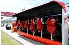 Ferrari Kommandostand  - Formel 1 - GP England - 30. Juni 2013