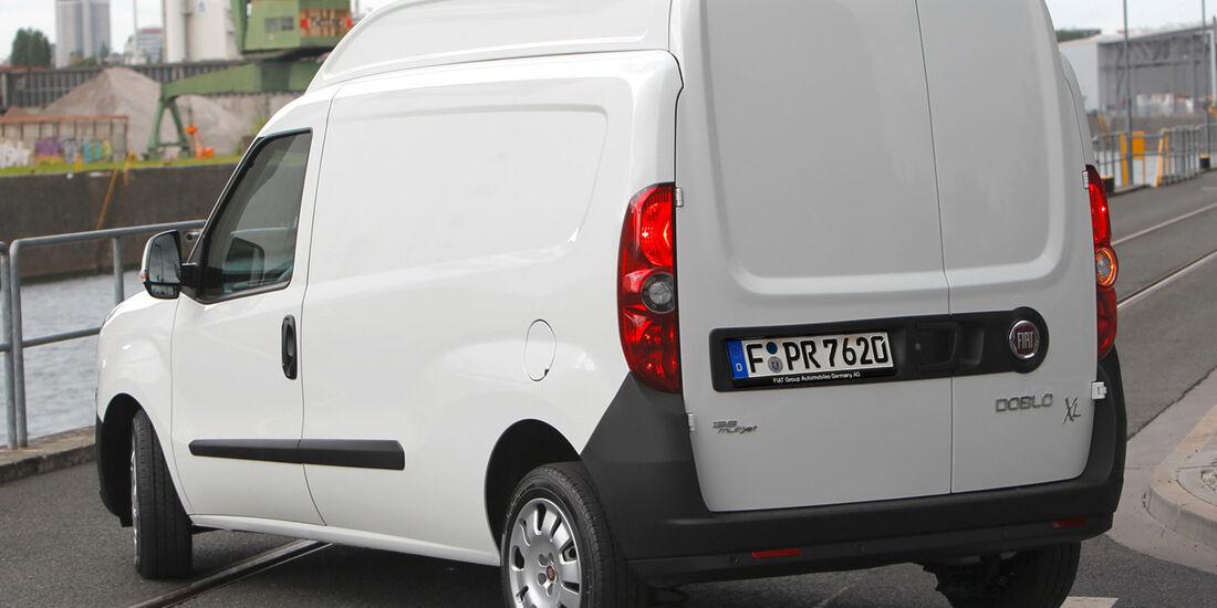 Fiat Doblo Cargo Maxi XL 2012, IAA Nutzfahrzeuge 2012