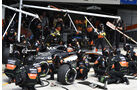 Force India - Boxenstopp - Formel 1 - 2015