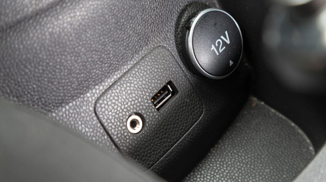 Ford Fiesta 1.0, Anschlüsse