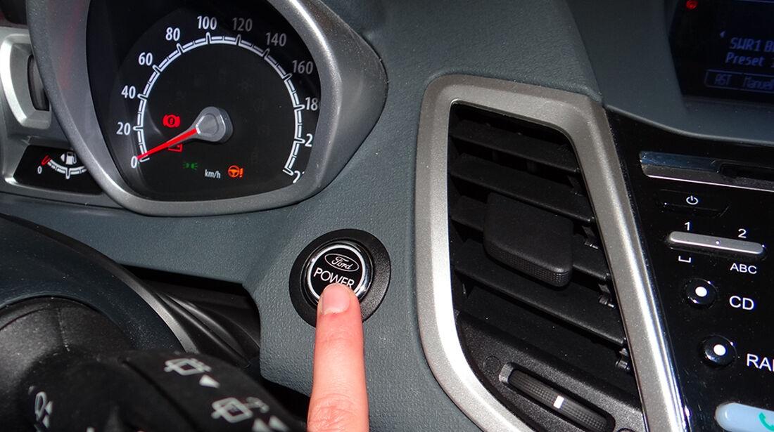Ford Fiesta 1.4 im Innenraum-Check, Startknopf