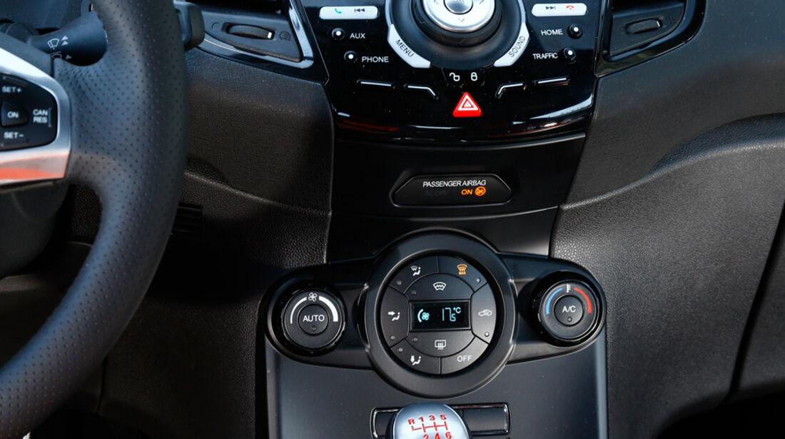 Ford Fiesta ST, Mittelkonsole