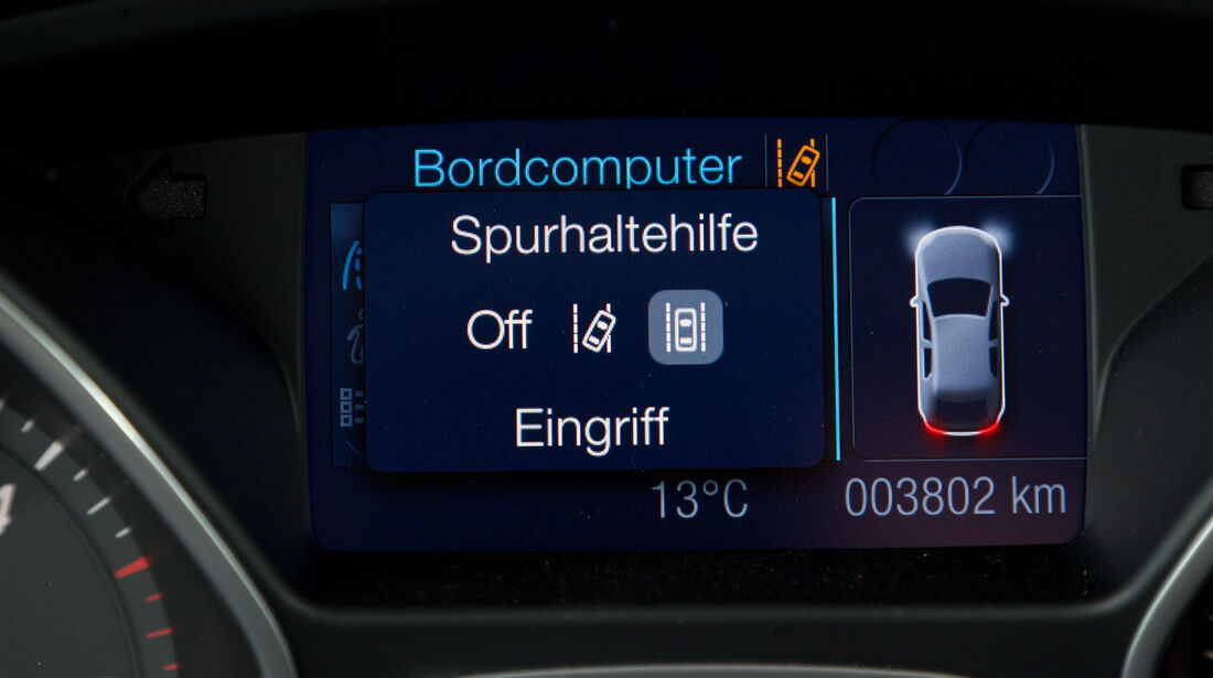 Ford Focus 2.0 TDCi, Bildschirm, Bordcomputer