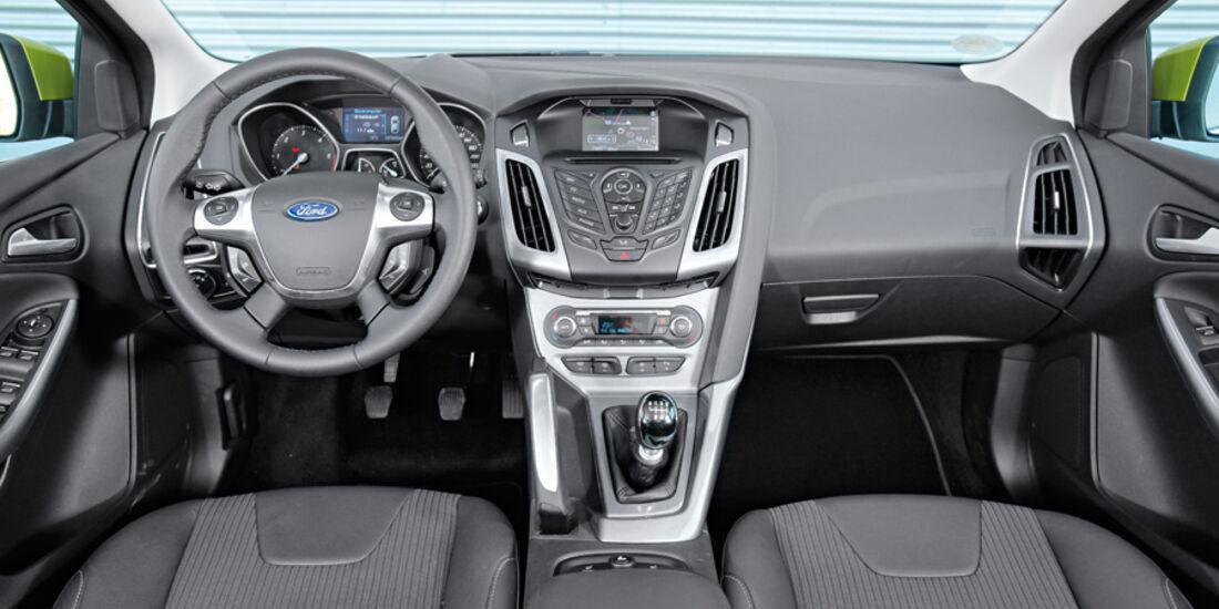 Ford Focus, Cockpit