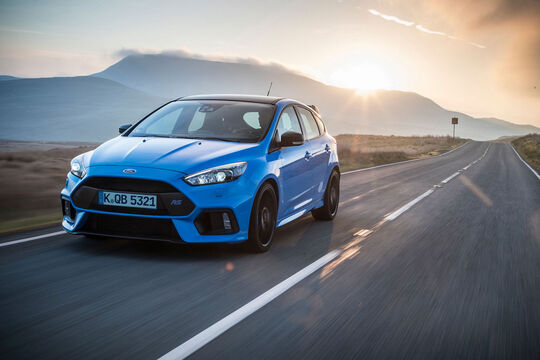 Ford Focus RS - Blue & Black - Kompaktsportwagen