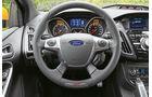 Ford Focus ST, Lenkrad