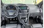 Ford Focus ST Turnier 2.0 TDCi, Cockpit