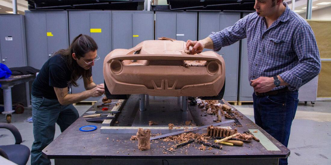 Ford GT - Supersportwagen - Entwicklung - kleine Tonmodelle