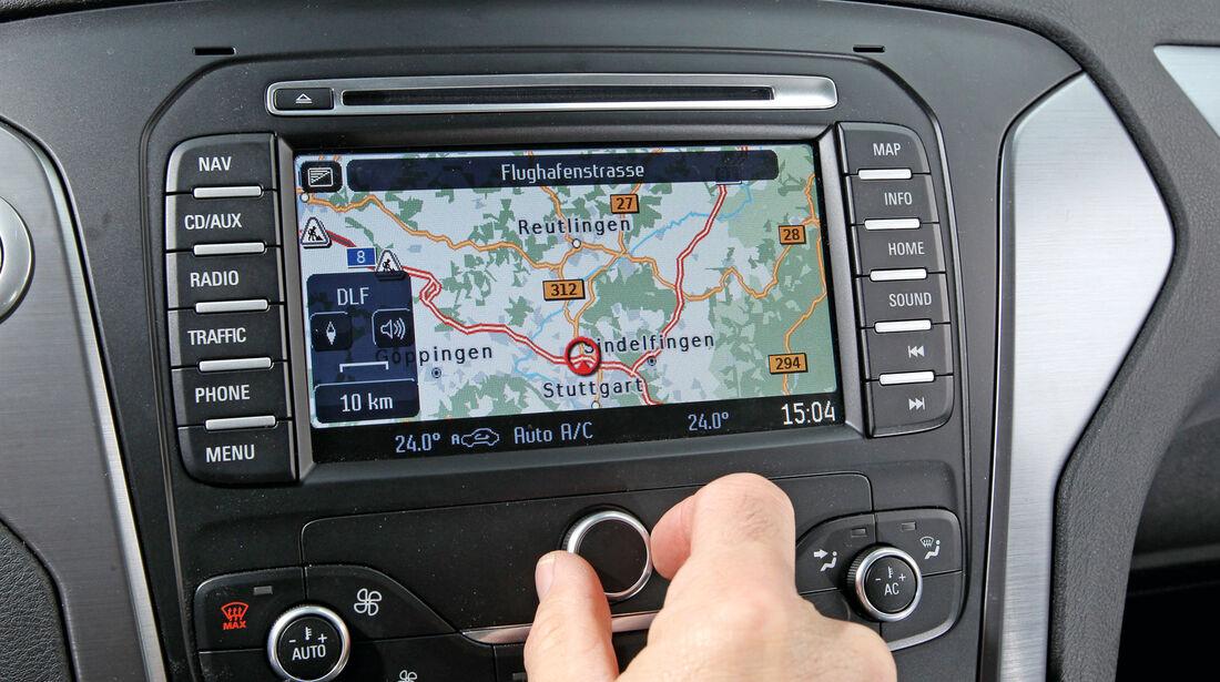 Ford Mondeo Turnier 2.2 TDCI, Navi, Display