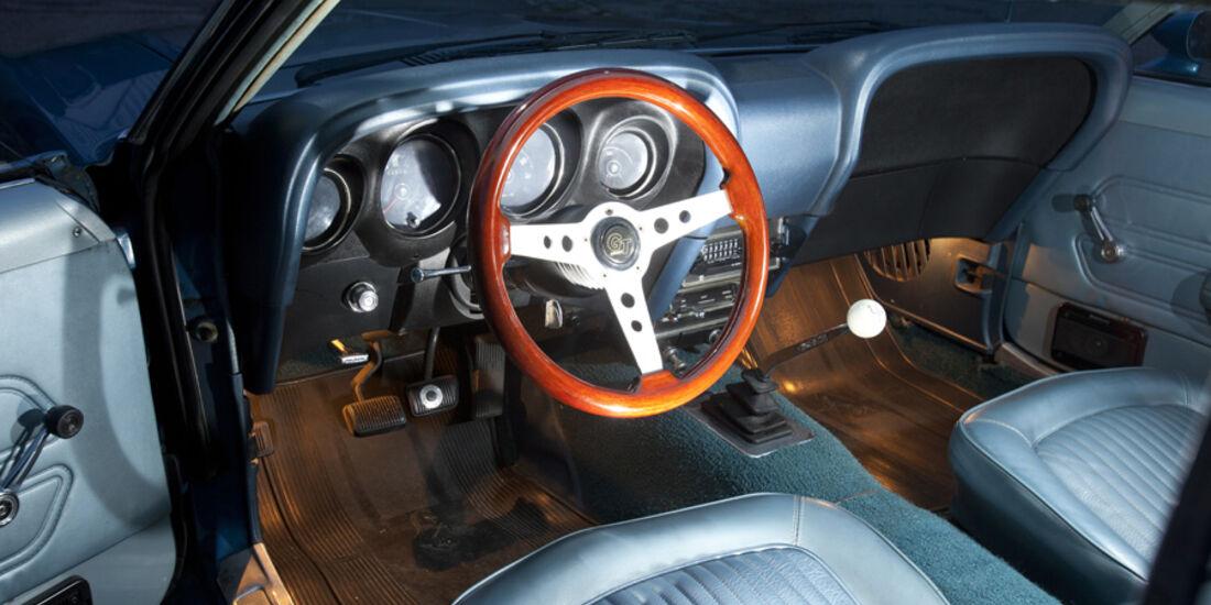 Ford Mustang Boss 302, Cockpit, Lenkrad
