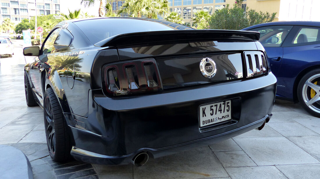 Ford Mustang - F1 Abu Dhabi 2014 - Carspotting
