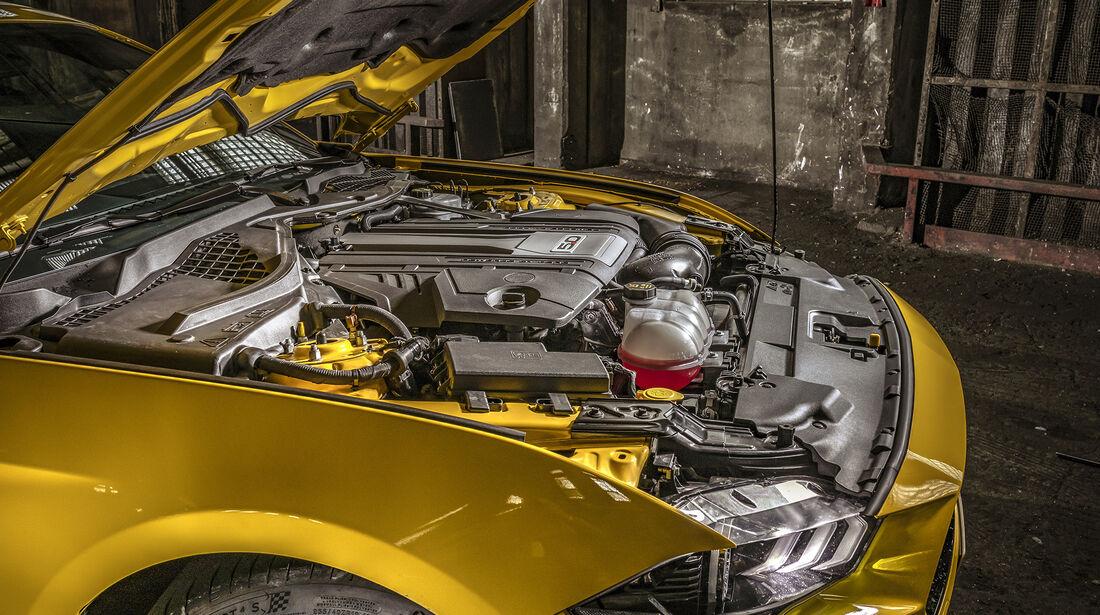 Ford Mustang GT, Motor