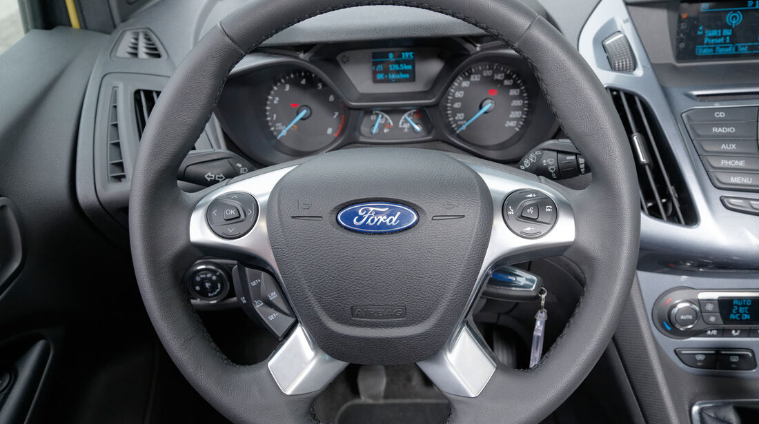 Ford Tourneo Connect, Lenkrad