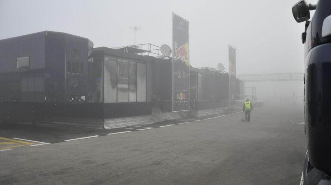 Formel 1-Test, Barcelona, 02.03.2012 Nebel