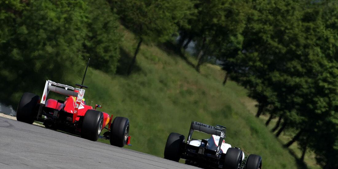 Formel 1-Test, Mugello, 02.05.2012, Felipe Massa, Ferrari, Kamui Kobayashi, Sauber