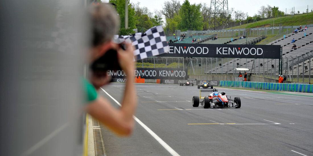 Formel 3-EM 2016 - Ungarn - Hungaroring - Ralf Aron - 1. Rennen