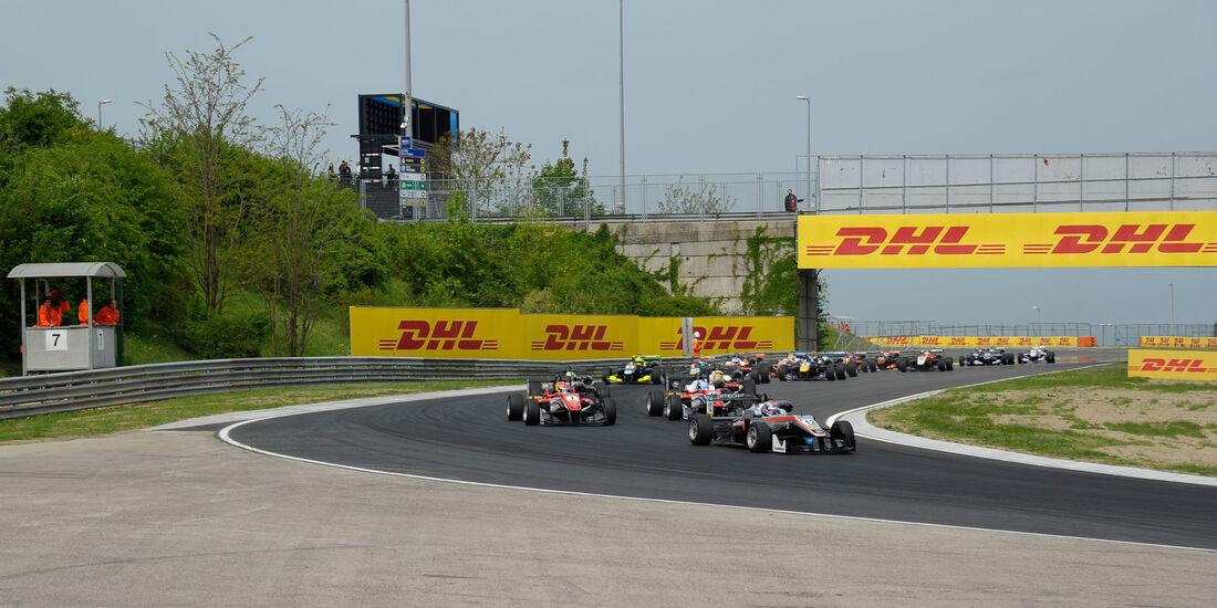Formel 3-EM 2016 - Ungarn - Hungaroring - Start - 1. Rennen