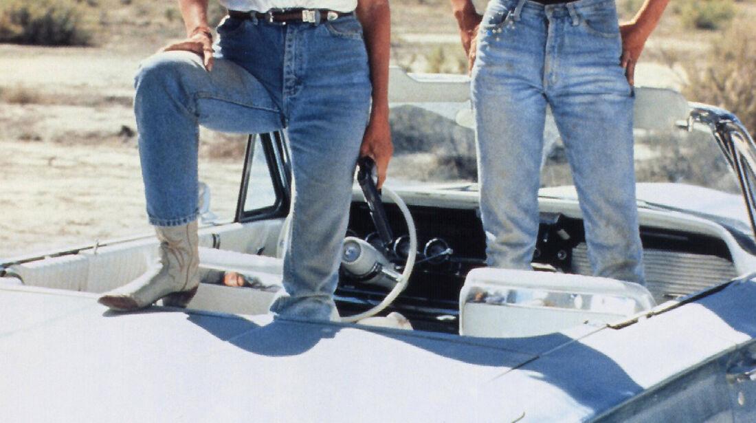 Geena Davis, Susan Sarandon, Ford Thunderbird