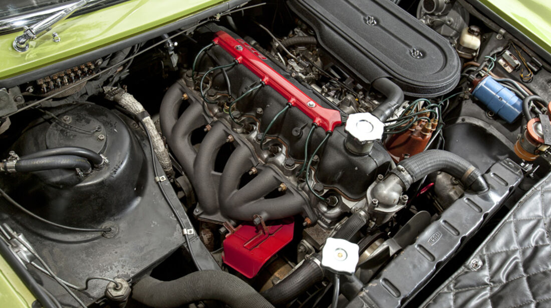 Ghia 230 S Prototipo, Motor