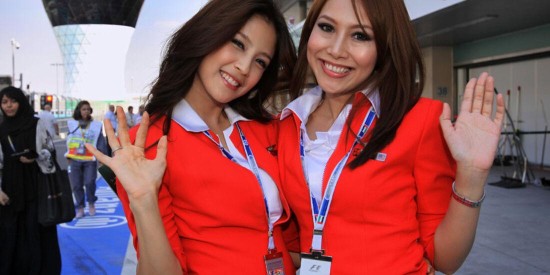 Grid Girls GP Abu Dhabi 2010