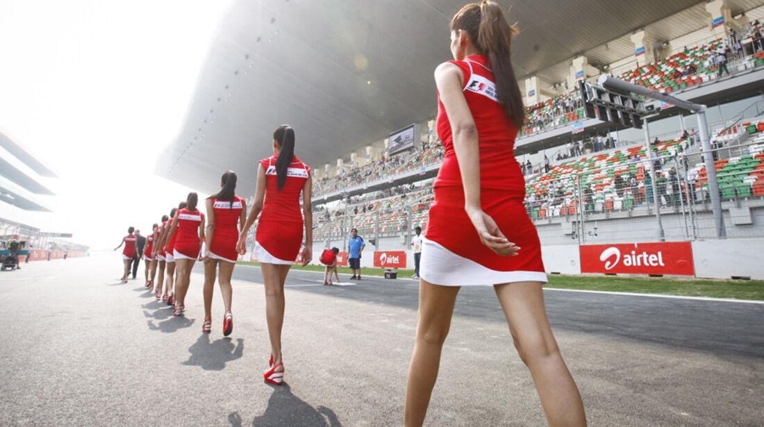Grid Girls GP Indien 2011