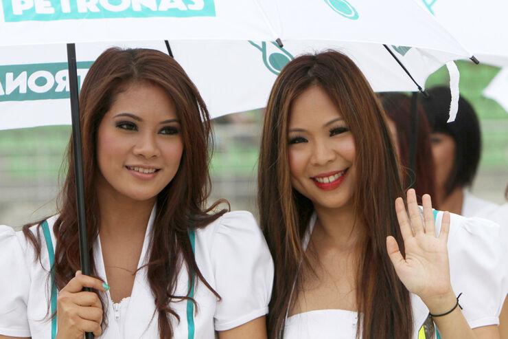 Grid Girls GP Malaysia 2011