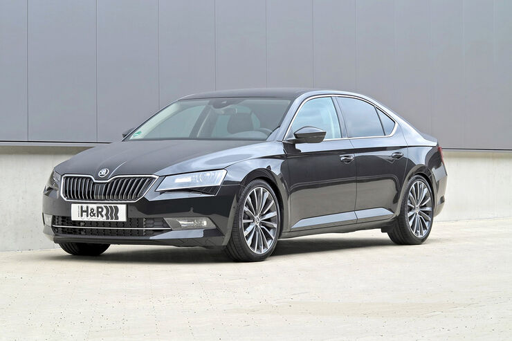 H&R Skoda Superb